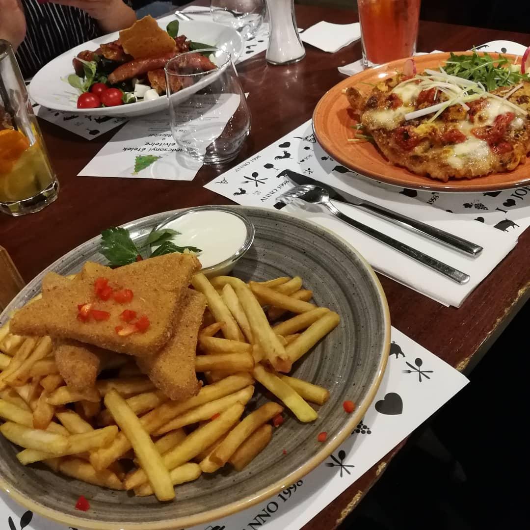 Joe Bácsi Étterem Étel
